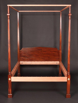 NEW YORK TALL POST BEDSTEAD, MAHOGANY (B-21A)